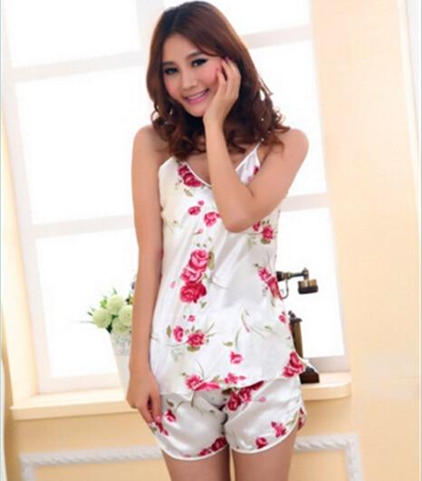 Sexy womens spaghetti strap silk lace flower pyjamas T shirt and shorts pyjamas