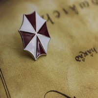 Resident Evil Red Umbrella Badge Breastpin Brooch Pin Free Shipping Wholesale