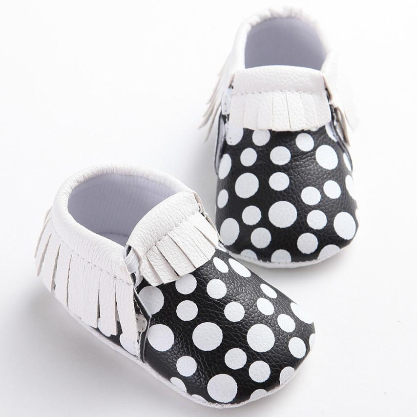 PU Leather Baby Shoes Baby Moccasins Newborn Shoes Soft dot Infants Crib Shoes Sneakers First Walker 17Dec27