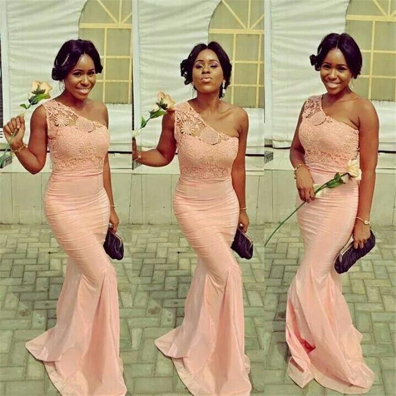 2017 the latest peach coral sexy lace mermaid bridesmaid