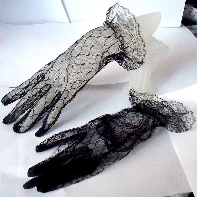 Multiple Colour Elastic Mesh Cloth Party Formal Etiquette Glove Women Nightclub Sexy Short Lace Princess Erotic Dance Gloves B95