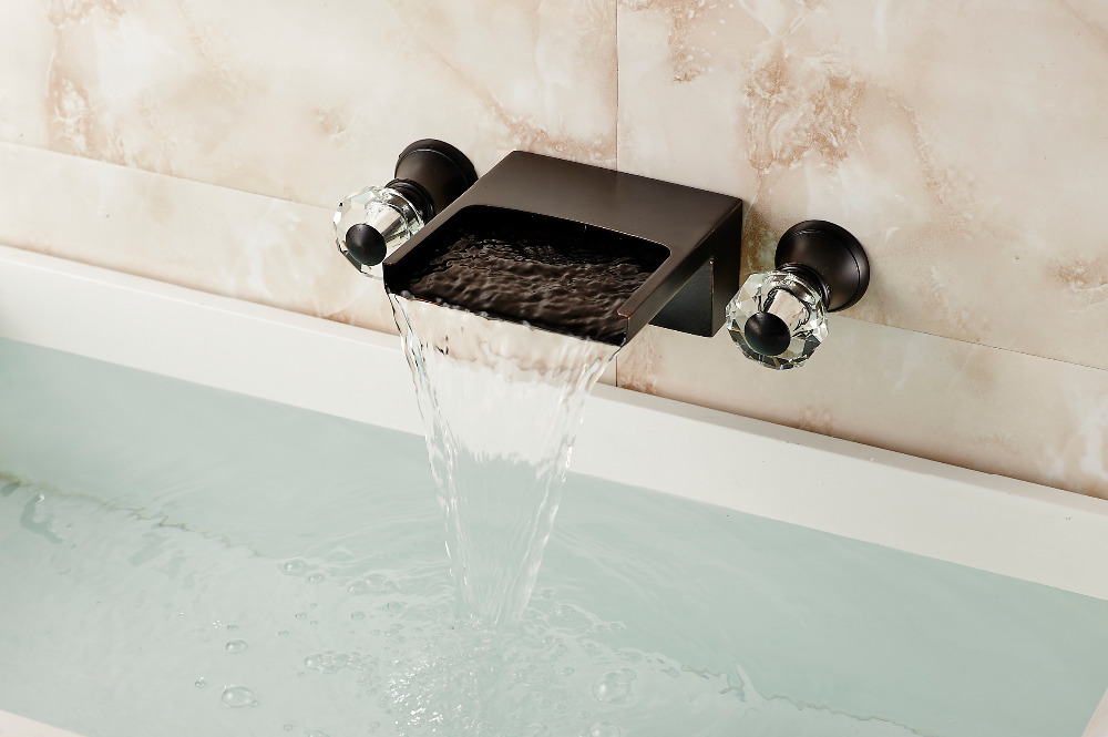 купить Wall Mounted Oil Rubbed Bronze Bathroom Basin Faucet Sink Mixer Dual Handles Tap по цене 4674.83 рублей