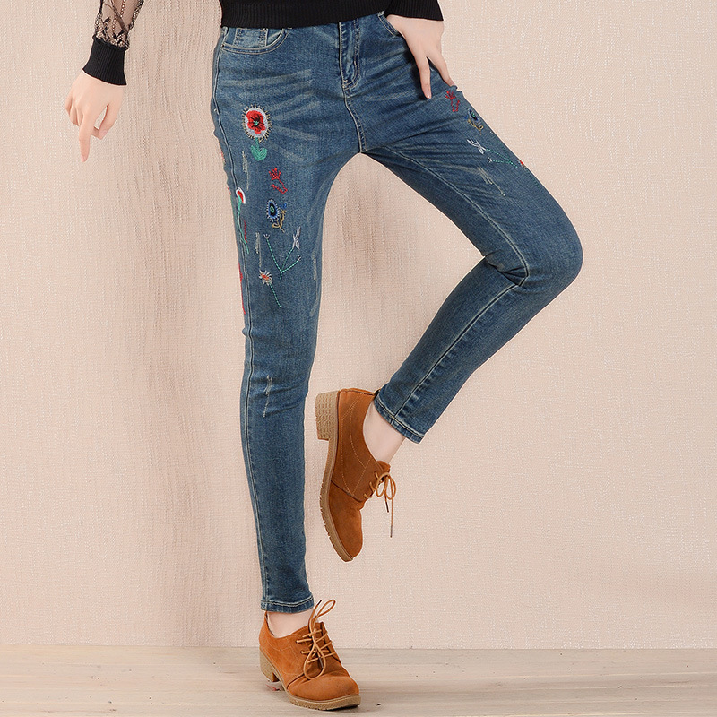 Folk Embroidered Women Jeans Chinese Style Denim Pencil Pants 2017 Ethic Fashion Women Clothes AWP165006