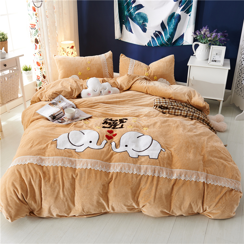 3/4pcs Crystal Flannel cartoon Bedding set Winter Warm Fleece Towel embroidery Duvet cover set Bed Sheet Twin Queen size3/4pcs Crystal Flannel cartoon Bedding set Winter Warm Fleece Towel embroidery Duvet cover set Bed Sheet Twin Queen size