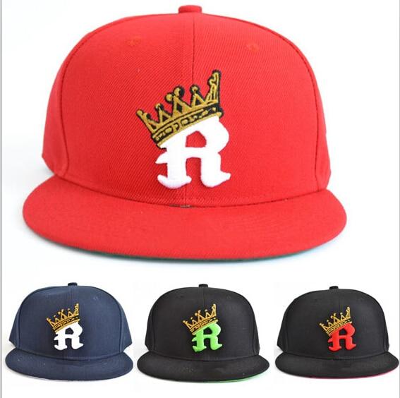 Letra R snapback corona capsmen y mujeres hip hop verano moda de la calle  nueva gorra de béisbol ajustable gorras planas casquette en Disfraces  juegos ... 5d0617d1676