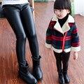 2016 La Venta Caliente Del Otoño de LA PU Cuero Impermeable Adolescentes Young Girls Leggings Flaco Pantalones de Cuero de Imitación Polainas Calientes de la Muchacha