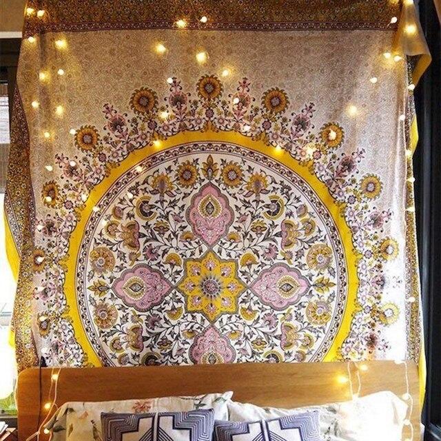 פרחוני מדליון שטיח זהב הודי ראש המיטה קיר תליית בית תפאורה המנדלה שטיח שמיימי מקרמה קיר תליית דקור