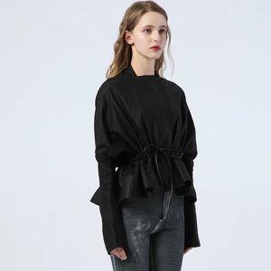 Image 2 - 유럽 스타일 진짜 양피 정품 여성 코트 2019 패션 양피 정품 가죽 짧은 Windcoat 박쥐 슬리브