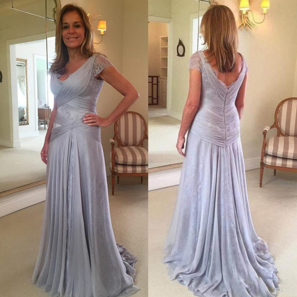 Modest Silver Mother Of The Bride Dresses Criss Cross Chiffon Pleated Evening Gowns Sweep Train Lace  Wedding Guest Dress
