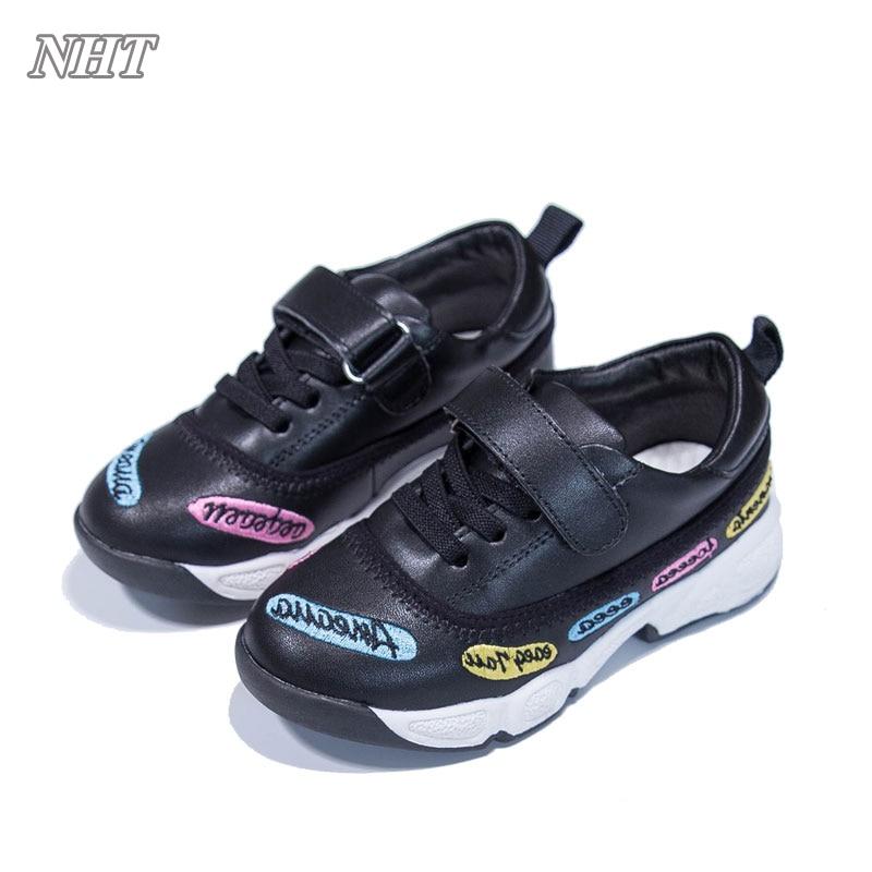 52b2b4c5b6110 Enfants chaussures filles taille 10 en bas âge enfants chaussures de marche  occasionnels broderie fleur sneakers mode chaussures pour garçon dans  Chaussures ...