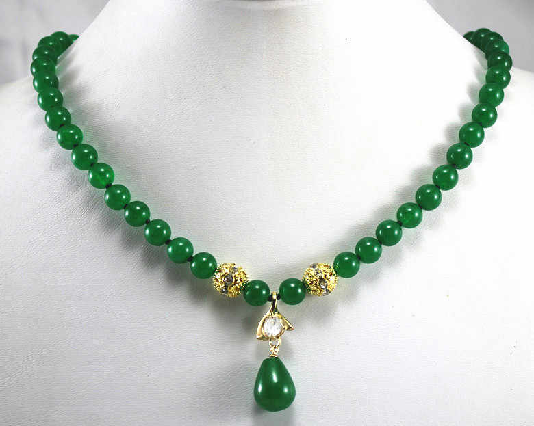 lady's best accessory 8mm green jade necklace and water drop pendant necklace for party and anniversory