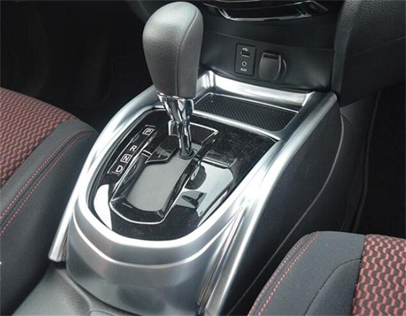 Accessoires de style de voiture pour Subaru XV 2018 2019 Chrome arrière coffre Streamer ABS voiture autocollant arrière coffre hayon porte bandes couverture