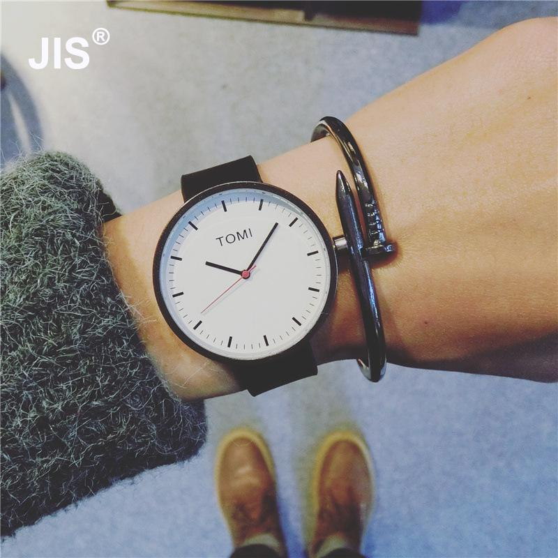Simple Style Fashion Casual Black Brown Leather Bracelet Wrist Watch Gift for Men Women Young StudentsSimple Style Fashion Casual Black Brown Leather Bracelet Wrist Watch Gift for Men Women Young Students