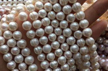 5445357c06b5 Envío gratis 10 hebras lote 6-7mm blanco rosa púrpura negro Natural agua  dulce suelta patata perla fabricación de joyas perlas 15