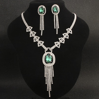 Baroque Women's Jewelry Luxury Dazzling Necklace Set Wedding Full Crystal Bridal Set Chain High End Earrings Necklace Wedding