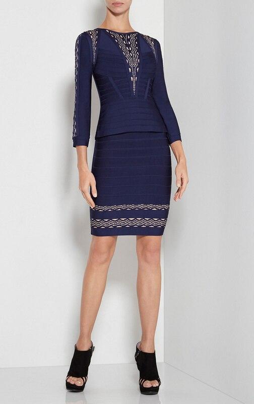 Толстая в синем платье