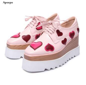Apopeo 2018 spring newest woman causal shoes high quality love heart leather lace-up shoes Square toe flat platform shoes sleep professor spring love