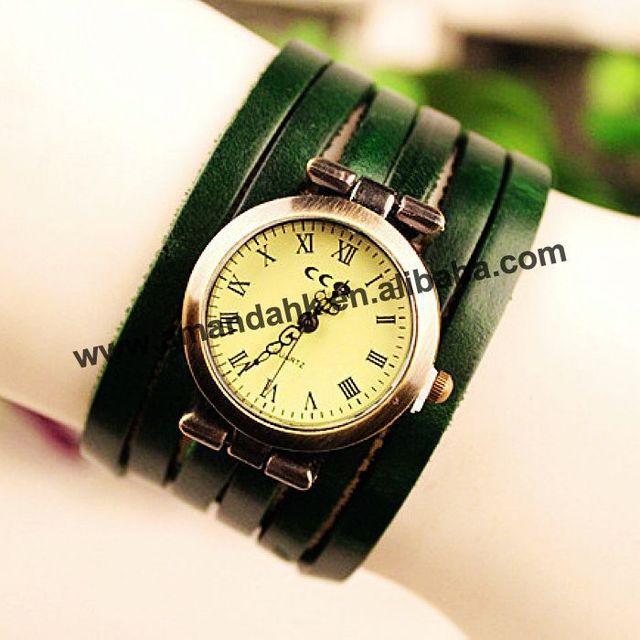 Fashion Women Dress Wristwatches 6 Wrap Around Vintage Watch Bronze Ladies Quartz Leather Watch 2015 New