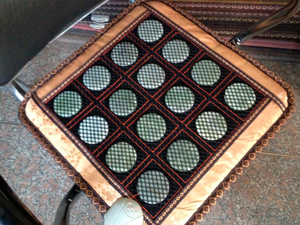 New & Good! Natural Tourmaline Mat Physical Therapy Jade Chair Mat Health Care Pad Heat with Heat AC220,Free Shipping
