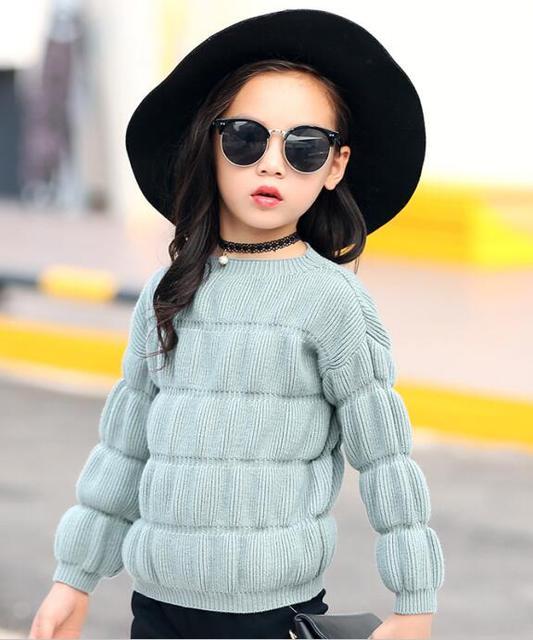 2016 зима детская одежда девочек свитера твердые puff рукавом шею девушки трикотажные пуловеры свитера для девочек топы