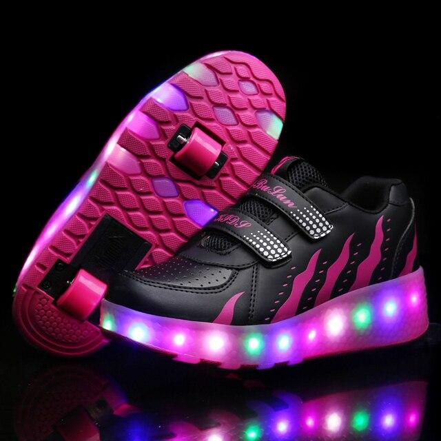 ef97ce9c050 Zapatillas luminosas de dos ruedas negro rojo Led patín de luz para niños  zapatos Led niños