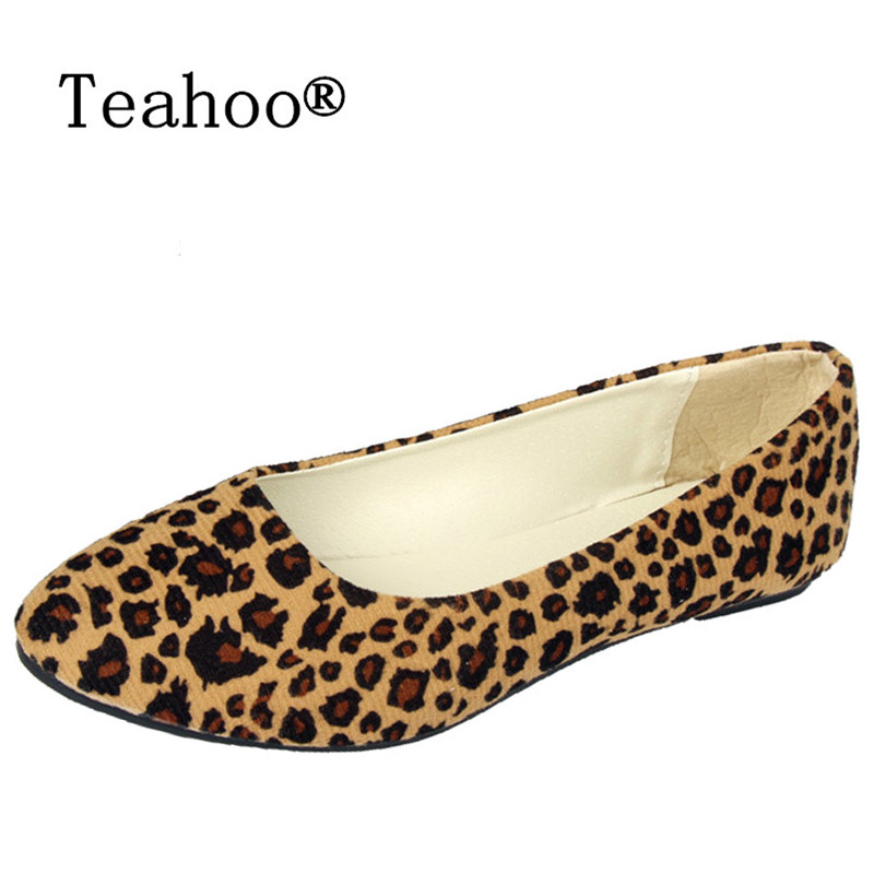 Plus size Summer style 2017 New Sexy Women Flats Women Leopard Flat Shoes Casual Slip-on Comfortable Leopard Flats Free Shipping