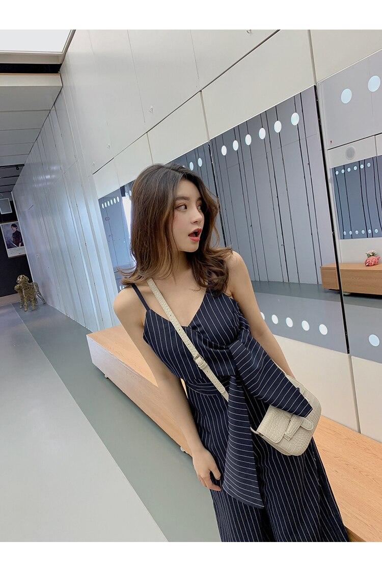 Sling Off Shoulder Sleeveless Striped Jumpsuit 2019 New Fashion V-Neck High Waist Nine Points Wide Leg Jumpsuit Summer 27