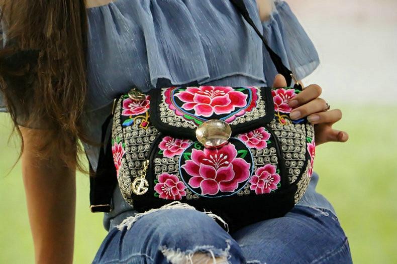 Moda Nacional Bordado Das Mulheres Bolsa Pequena!