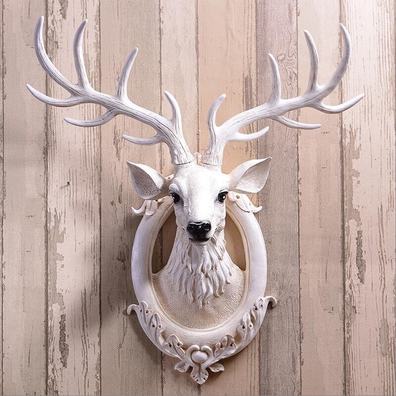 Simulation tête de cerf tenture murale décoration nordique rétro salon porche fond blanc décoration