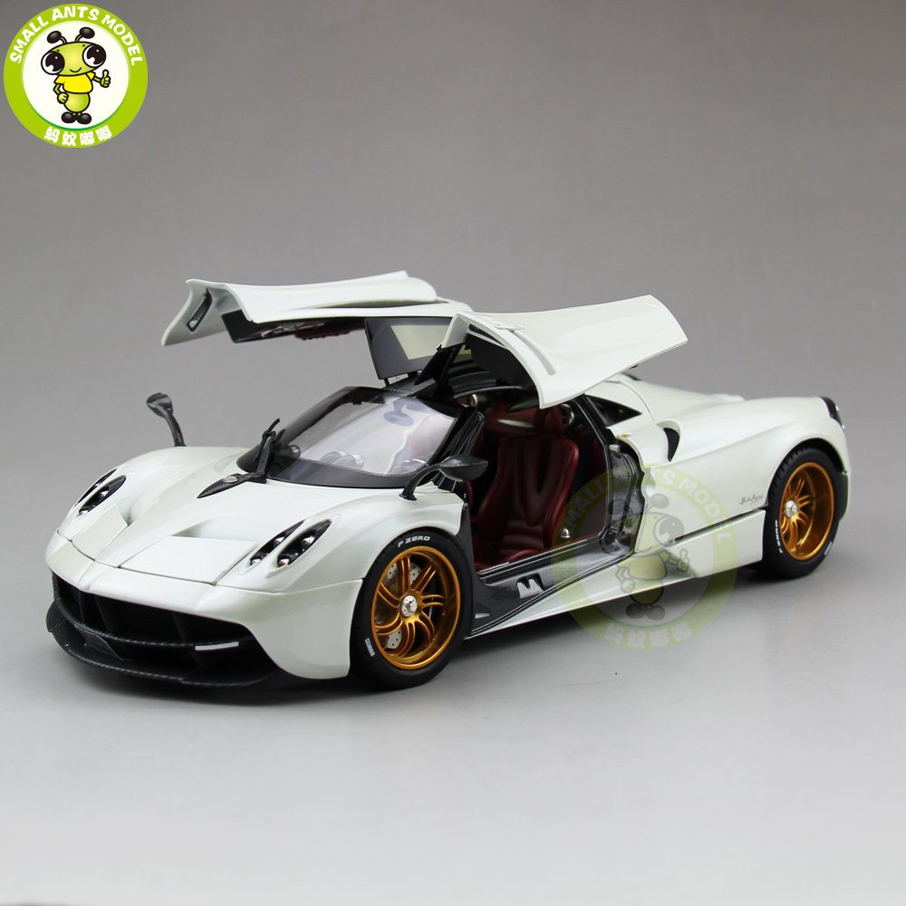1:18 Pagani Automobili Huayra Diecast Supercar Model Toys - Welly GT Autos 11007 White welly gta pagani huayra 1 18 zonda original simulation alloy car models furious 7 need for speed supercar gull wing doors