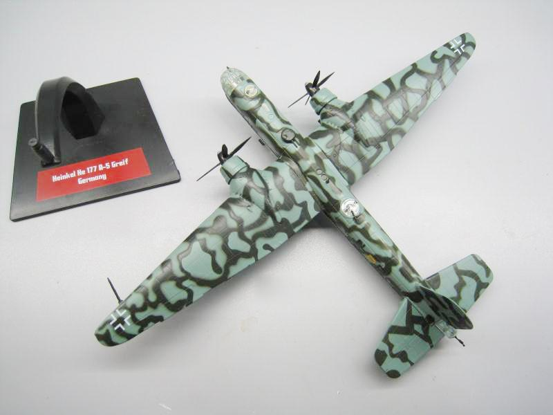 "1:144 Scale Diecast Model Heinkel He 177 /""Bombers of WWII/"""