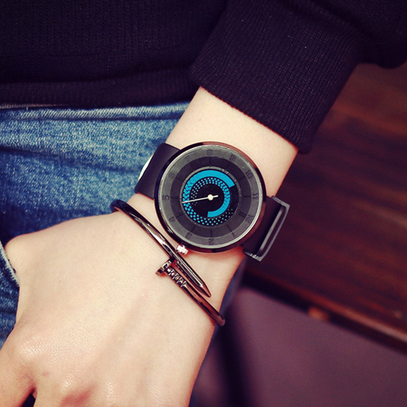 Designer High Quality Fashion Unisex Watches Men Women Simple Distinct Watch Face Silicone Strap Quartz Watches Montre 4