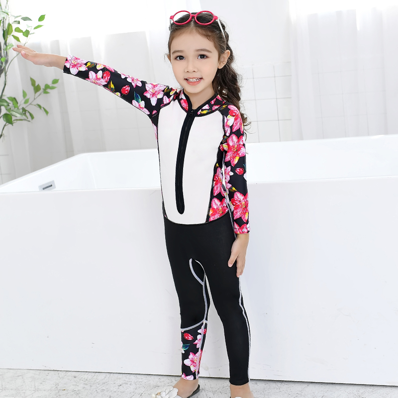 2018 Girls One Piece Swimsuit Diving Suit Floral Printed long Sleeves Bathing suit children kid's Swimwear Surfing Rash Guards