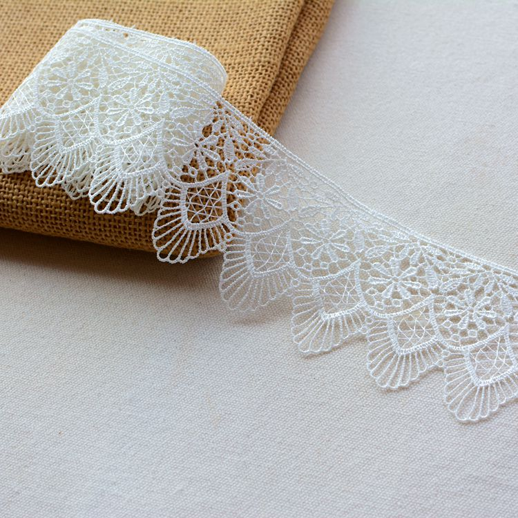 2m Clothing lace accessories skirt cheongsam curtain tablecloth decoration lace white water soluble lace trim width 6cm HY93 in Lace from Home Garden