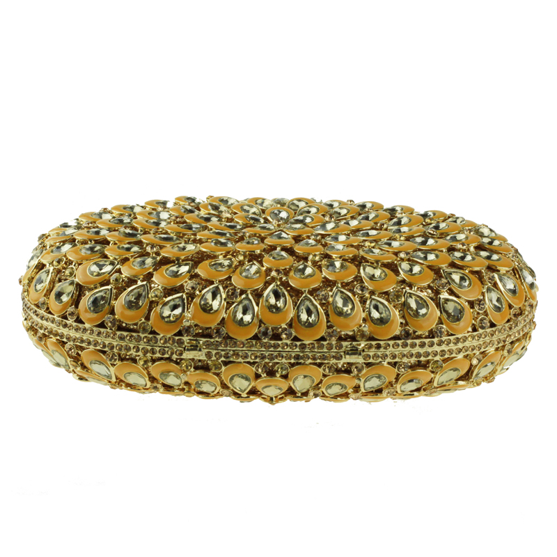 oval-shaped gold clutch bag5