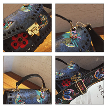 Bag female 2018 new wave Korean version of the wild Messenger Broadband  embroidery 65193106c4533