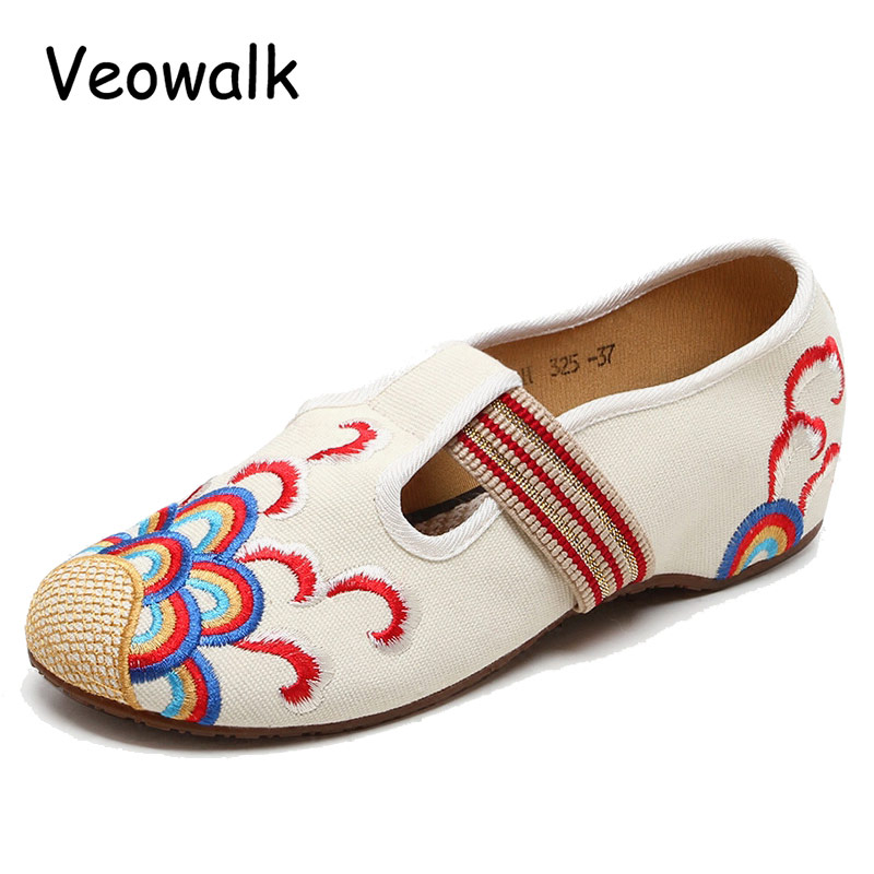 Veowalk Spring/Autumn Women Vintage Old Peking Casual Flats Ladies Billow Embroidery Soft Sole Breathable Cloth Dancing Shoes vintage embroidery shoes canvas old peking cloth flats chinese national style soft sole casual shoes women dance single shoes