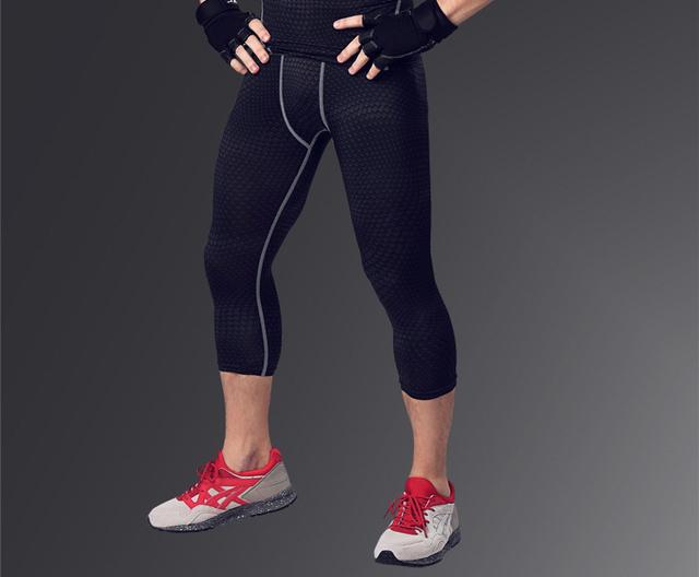 Homens 3/4 calças de compressão base de camada calças justas exercício de fitness calças basculador