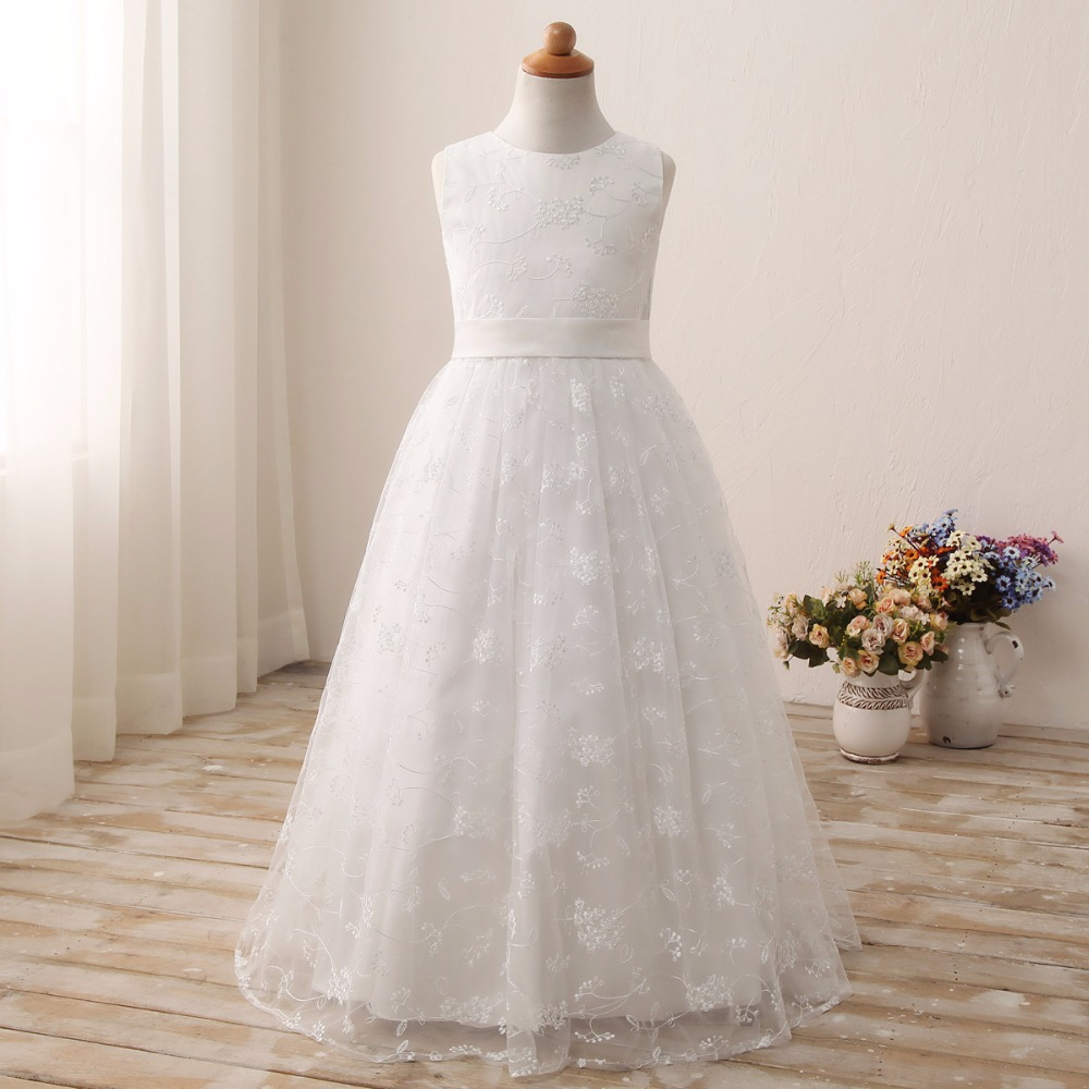 Spot white round shoulder bag lace embroidery long European and American children's wear small dress children's dress white casual round neck ruffled dress
