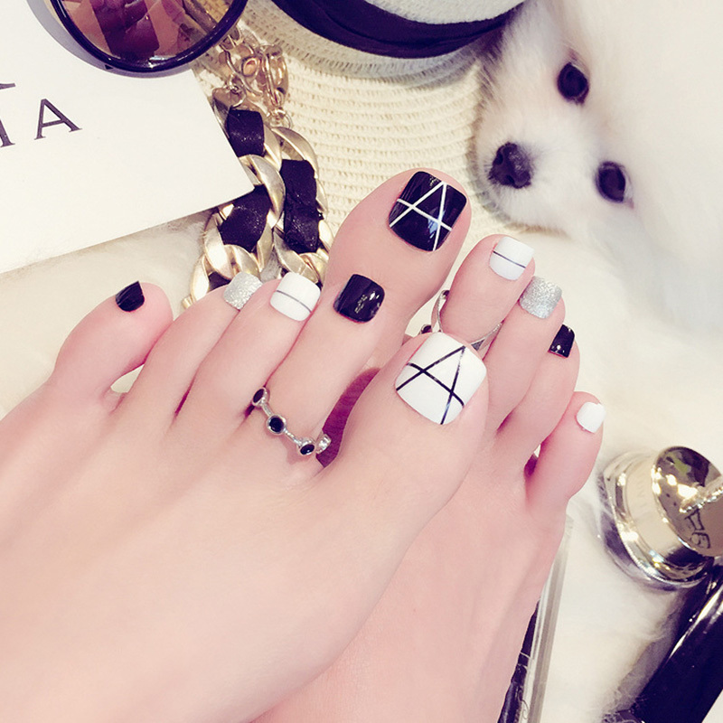 2018 New Manicure Japanese And Korean Fashion Black And