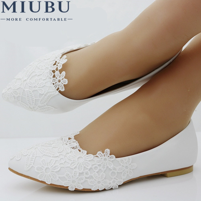 MIUBU Ballet Flats White Lace Wedding Shoes Flat Heel Casual Shoes Pointed Toe Flats Women Wedding Princess Flats Plus Size 41 extra large plus sizes 41 42 43 flats wedding lace shoes womens female woman bridal flat heel wedding flats shoes large sizes