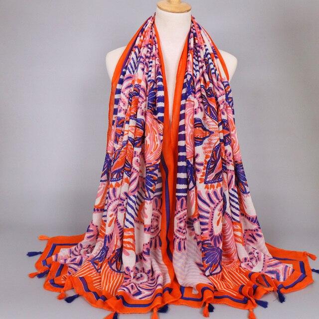 Femmes imprimé floral viscose écharpe fille long souple gland foulards  printemps fleur motif voile foulards foulard f643df8cf2e