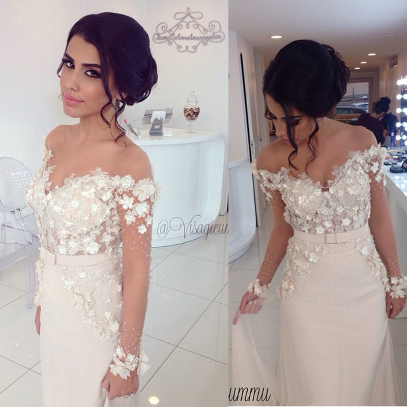 Flower Short Sleeve Lace Wedding Dresses Sheath Off The