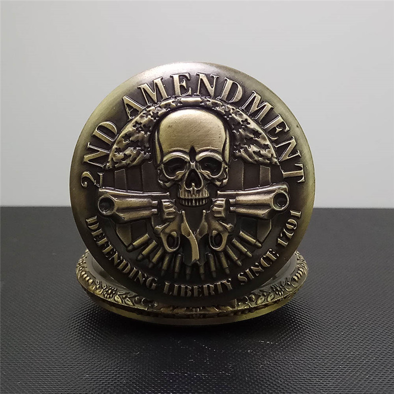 Vintage Bronze Carribean Quartz Pocket Watch 2ND AMENDMENT Skull Guns Design Fob Watch Antique Necklace Pendant Men Women Gifts