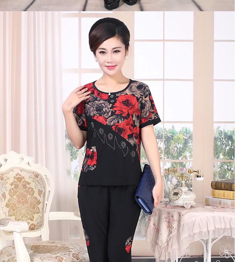 Middle Aged Women Summer Two Pieces Pant Suits Sets Red Blue Top And Black Cropped Trouser Suit Set Twinset Female Clothes Outfits (13)