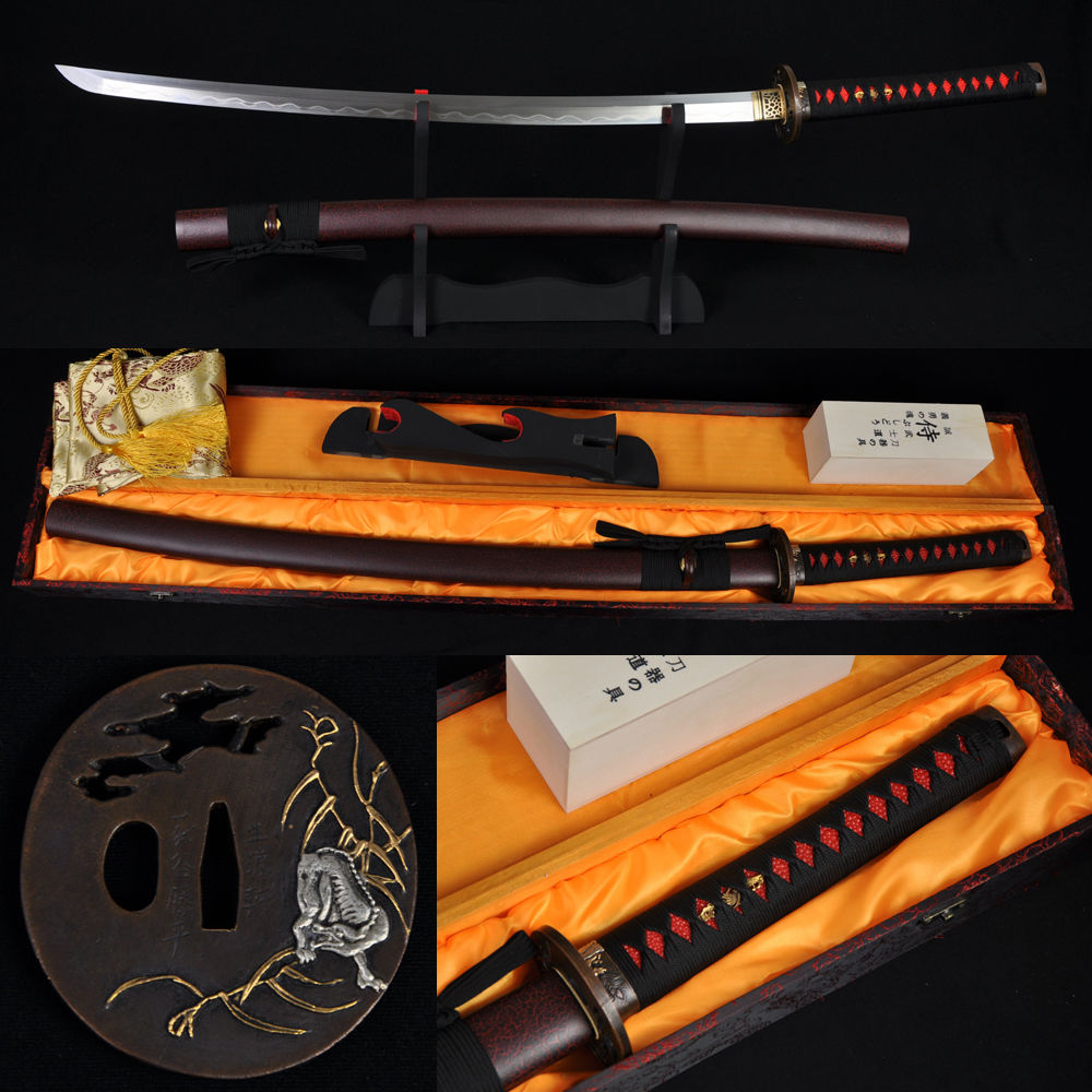 TOP JAPANESE SAMURAI font b SWORD b font WOLF KATANA FULL TANG CLAY TEMPERED DAMASCUS FOLDED