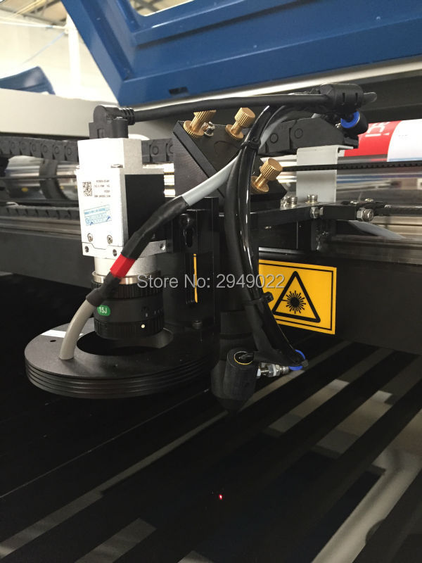 CNC Laser Cutting Machine CCD Camera For Fabric Patches,embroidery Labels,badges,logo