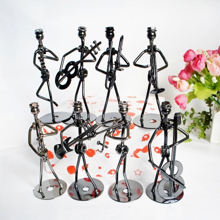 Multi stilov kovinski glasbenik sestava majhen železen moški obrt okraski figurica kip kavarna pult knjig polica dekor, en kos