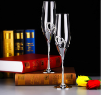 Perfect 1 Pair Silver Heart Shaped Crystal Cup Red Wine Glasses Toasting Glasses For Weddings Champagne