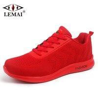 LEMAI Jednolity Styl Mężczyzn Działających Butów Jesień Air Mesh Oddychająca Chłopiec Red Sneakers Mężczyzna Odkryty Sport Light Black Trenerzy X821